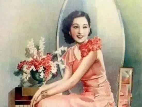 中国第一位情色女作家:余美颜