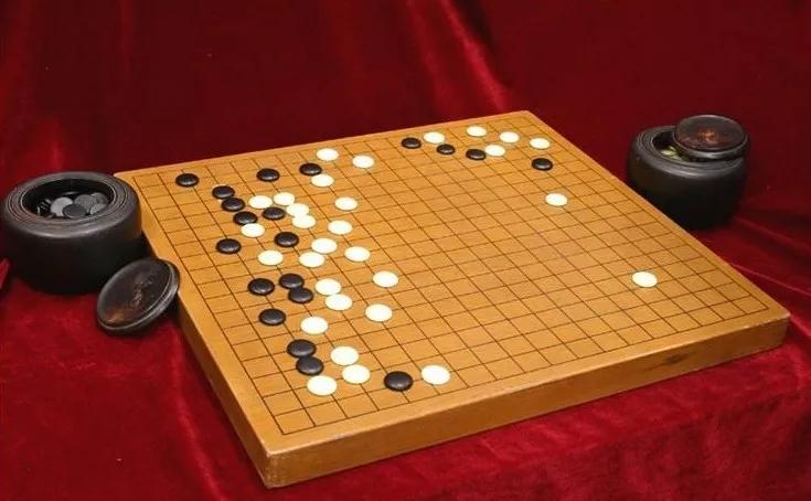 围棋布局典型错误分析